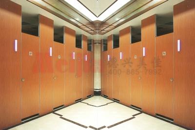 商场高档卫生间隔断 复合板公共卫生间隔断