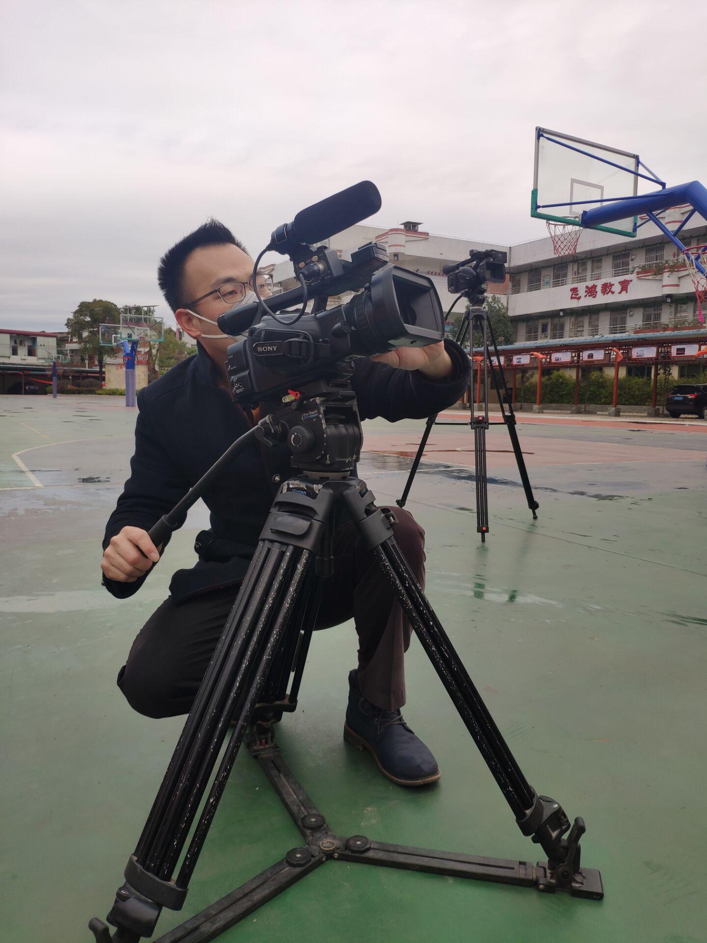 民乐小学2020年特殊升旗仪式现...