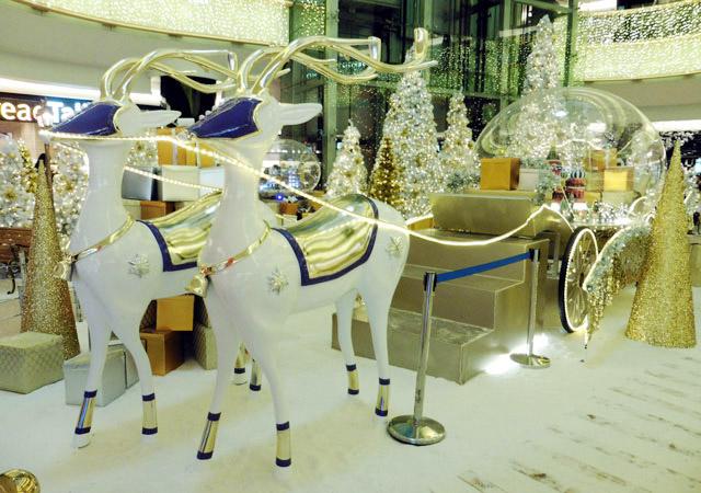 圣诞中庭装饰