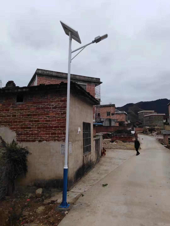 广西贺州太阳能路灯项目