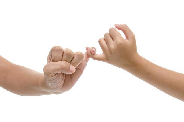 对小拇指做一件事,堪比安眠药和补肾药,白头发也少了,收好了