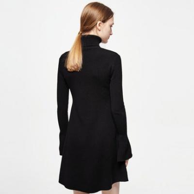 新款女装冬装黑色欧美喇叭袖针织连衣裙女装新款冬装叭袖高领针织连衣裙