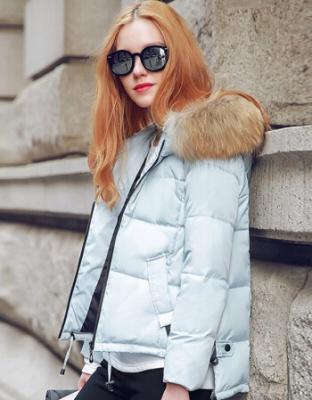 冬季新款韩版百搭连帽羽绒服短款时尚百搭轻薄羽绒服短款韩版百搭连帽外套羽绒服