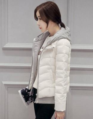 轻薄短款连帽羽绒服冬季新款女装保暖羽绒服轻薄保暖连帽修身羽绒服
