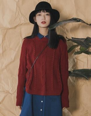 新款复古绞花宽松针织毛衣秋科装新款时尚女装长袖复古针织毛衣新款绞花宽松长袖上衣