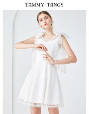 春装新款白色仙气刺绣小礼服仙气显瘦网纱绑带连衣裙白色刺绣网纱吊带连衣裙小礼服