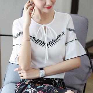 2019夏装新款韩版大码女装短袖白色宽松时尚的上衣喇叭袖雪纺衬衫