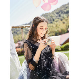 早秋新品V领两件式荷叶网纱拼接仙女连衣裙
