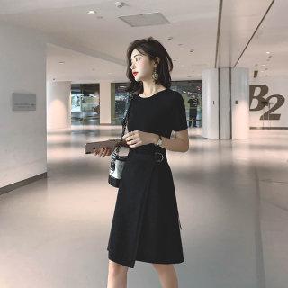 黑色冰丝针织连衣裙女夏季短袖法式复古高腰气质赫本裙子