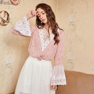 新时尚V领绑绳柔美蕾丝水袖拼接印花雪纺衫