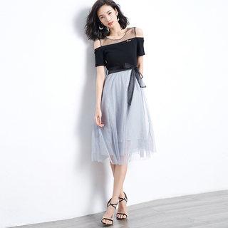 2019年夏新品时尚简约甜美圆领露肩拼接欧根纱气质连衣裙