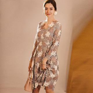 时尚个性蕾丝七分袖连衣裙