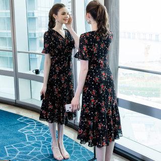 2019夏季大码女装新款200斤胖妹妹时尚气质印花雪纺连衣裙