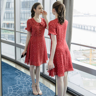 2019夏季新款大码女装合适胯大腿粗的胖妹妹时尚雪纺连衣裙