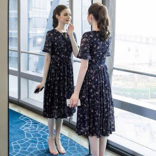 大码女装时尚胖mm蕾丝印花连衣裙2019夏季新款200斤宽松a字裙