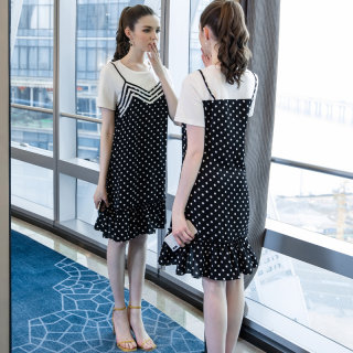 大码女装胖mm减龄波点拼接连衣裙2019夏季新品200斤宽松裙子