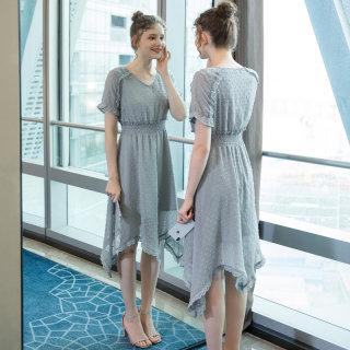 2019夏季新款大码女装气质200斤胖妹妹时尚显瘦剪花连衣裙
