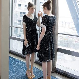 2019夏季新款大码女装200斤胖妹妹遮肚显瘦减龄时尚连衣裙