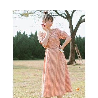 夏青春少女学生短袖棉麻格子连衣裙气质