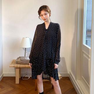 黑色小波点v领连衣裙2019夏季新款韩版学生遮肚减龄系带雪纺裙子