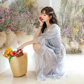 雪纺连衣裙2019新款夏季韩版甜美高腰v领蓝色碎花仙女裙子