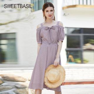 2019夏季新款吊带连衣裙一字肩法国肩小众甜美格子裙子棉麻A