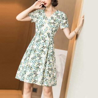 夏季新款印花裙子百搭气质清新收腰显瘦小众洋气短袖连衣裙女