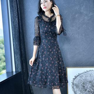 裙子女2019新款秋装连衣裙收腰显瘦气质碎花裙子流行心机
