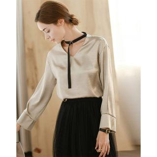 新款秋冬女装时尚个性V领梭织长袖衬衫