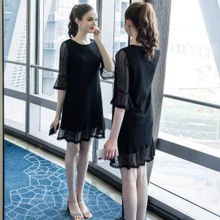 2019秋季新款大码女装200斤胖妹妹时尚遮肚蕾丝拼接连衣裙
