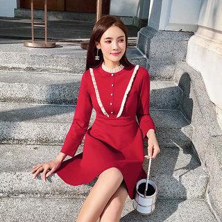 2019新款秋装很仙的法国小众红色针织连衣裙女赫本复古高腰a字裙子女