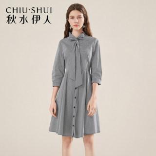 女装秋装连衣裙2019秋装新款女装格纹及带领七分袖修身连衣裙