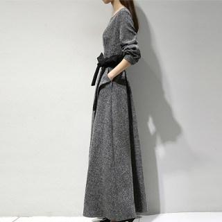 秋装新款女装秋季新款韩版百搭时尚连衣裙圆领系带长款简约纯色连衣裙