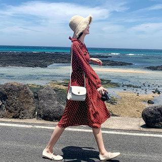 秋装新款女装2019秋装新款韩版气质学生显瘦印花A字连衣裙女