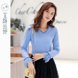 穿衣打扮新款潮流刺绣V领长袖T恤女2019秋装新款韩版喇叭袖打底衫修身上衣