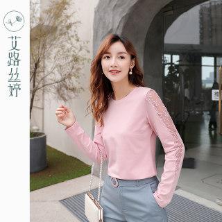 穿衣打扮新款潮流蕾丝拼接长袖T恤女2019秋装新款韩版圆领体恤镂空棉上衣