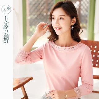 穿衣打扮新款潮流刺绣长袖T恤女2019秋装新款韩版圆领打底衫蕾丝拼接上衣