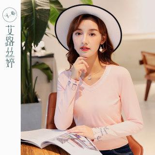 穿衣打扮新款潮流刺绣V领长袖T恤女2019秋装新款韩版棉打底衫蕾丝拼接上衣