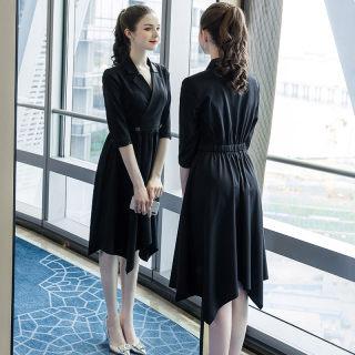 穿衣打扮新款潮流2019秋季新款大码女装200斤胖妹妹时尚休闲简约西装领连衣裙