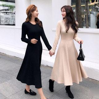 2019秋装新款女装韩版显瘦纯色长款连衣裙子女