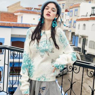 秋冬新款女装长袖宽松毛衣女2019冬季新款慵懒风印花白色韩版很仙的针织衫