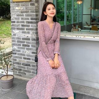2020春装新款韩版收腰显瘦气质V领碎花连衣裙女