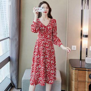 2020春季新款女复古红色长袖雪纺连衣裙文艺旅游度假沙滩长裙超仙