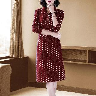 2020初秋新款复古优雅酒红色波点T恤裙显瘦针织polo连衣裙