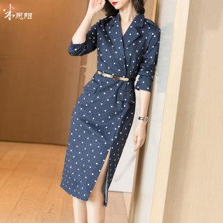 2020秋季新款时尚气质复古修身显瘦流行开叉波点西装连衣裙