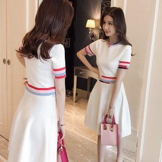 春秋装2020款女圆领短袖条纹质感名媛中长款连衣裙