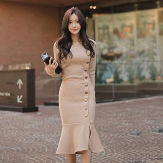 2020新款春韩版时尚性感收腰鱼尾摆打底衫纽扣装饰长袖包臀连衣裙