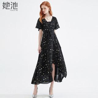 2020春夏新款女装时尚短袖V领星星图案长款不规则连衣裙