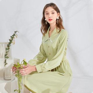 春季新款娃娃领长袖高腰A字绿色适合胯大的连衣裙女秋