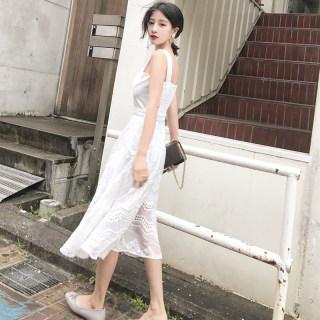2020春装新款复古精美拼接蕾丝绣花连衣裙女中长款连体裙